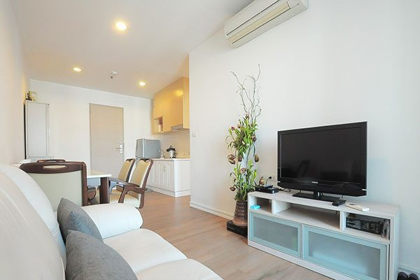 Ideo-Ratchada-Huaykwang-Bangkok-condo-2-bedroom-for-sale-2